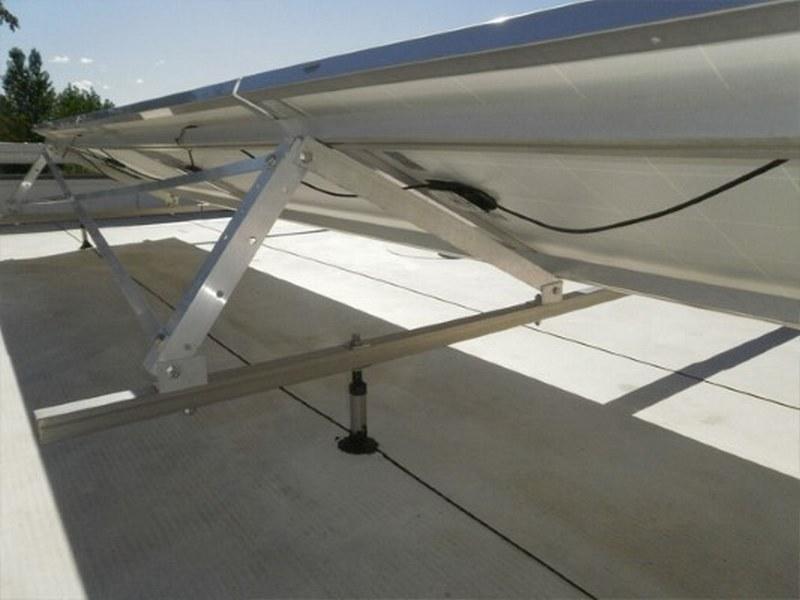 Struttura di supporto per pannelli di fotovoltaico cristallino