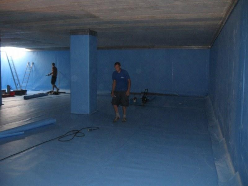 ENIA di Reggio Emilia, rivestimento di vasca per acqua potabile dell'acquedotto consortile