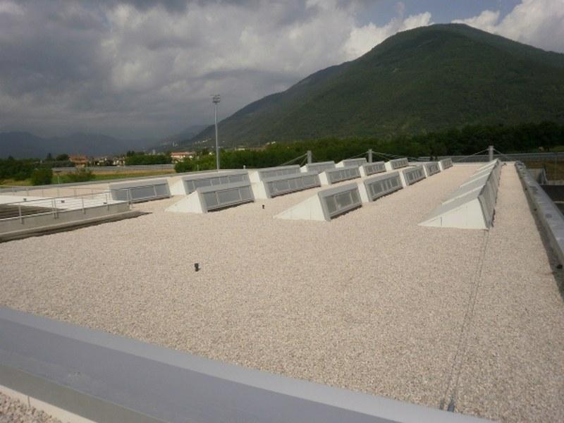 Sisma a Piovene Rocchette (VI) copertura capannone, uffici e pensiline