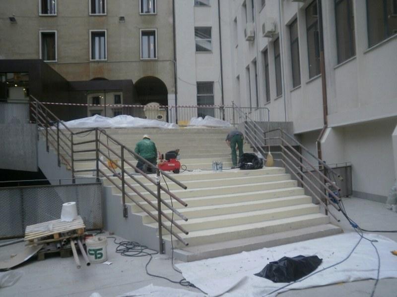 Municipio di Vicenza, scalinata Corte dei Bissari, impermeabilizzazione per pavimento incollato