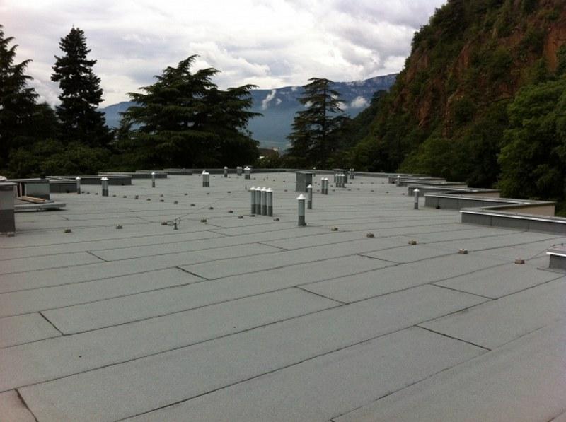 Centro Riabilitativo Via Fago a Bolzano, copertura con membrana autoprotetta