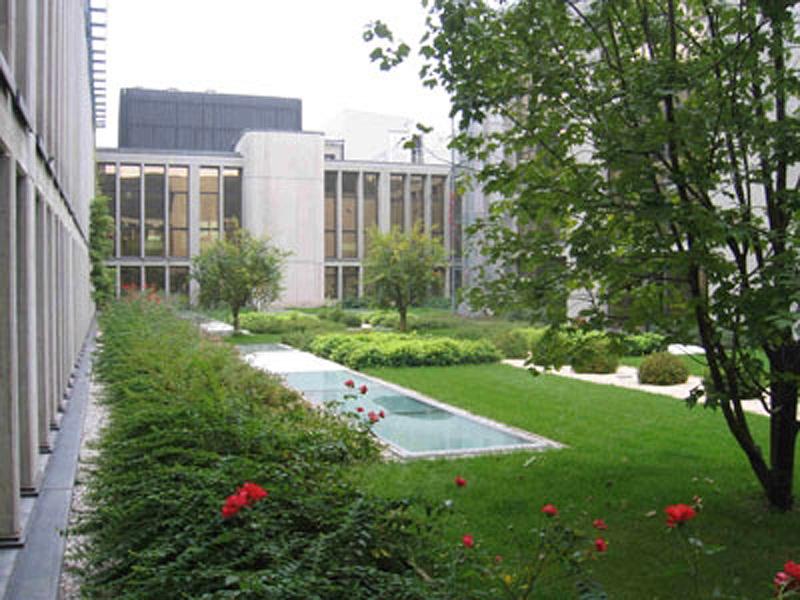 Sec Servizi a Padova, copertura uffici con sistema a giardino pensile